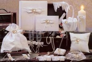 Elegant wedding accessories ensambles