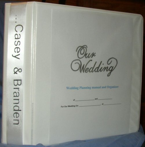 Personalized wedding planner and organizer
